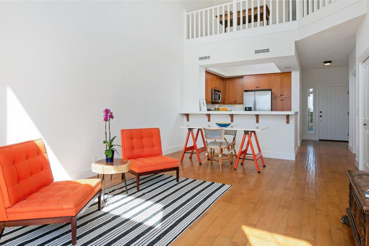 4365 Carpinteria Ave-010-012-Main Living