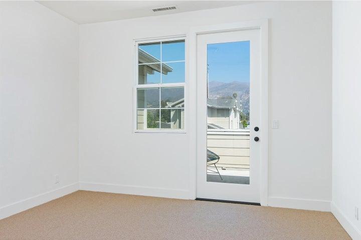 4365 Carpinteria Ave-014-005-Bedroom-MLS