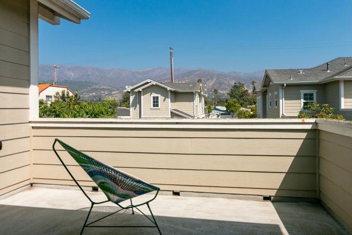 4365 Carpinteria Ave-017-022-Balcony-MLS