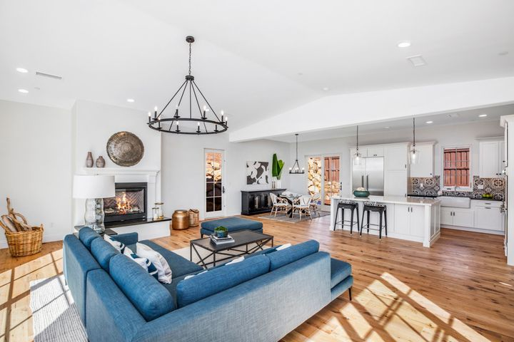 5360 Plunkett Lane Open Living Floorplan