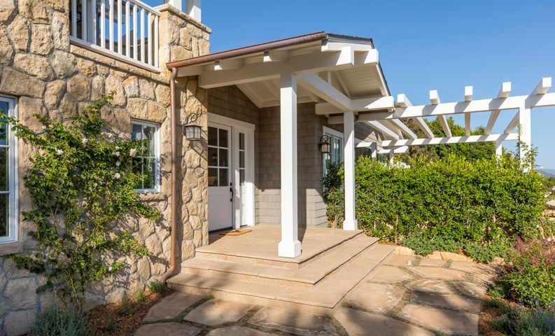 Front Entrance with Ocean Views