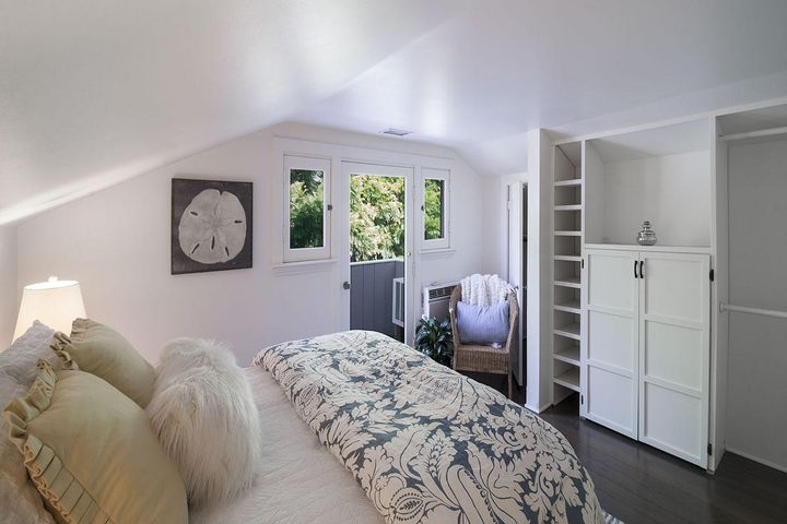 Master Bedroom w/ small patio