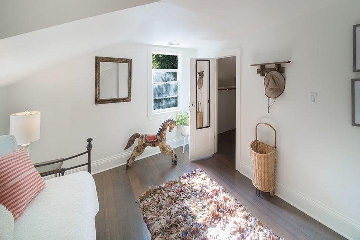 Guest Bedroom w/ walk in closet