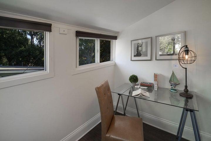 Bonus Room / Office/Nursery