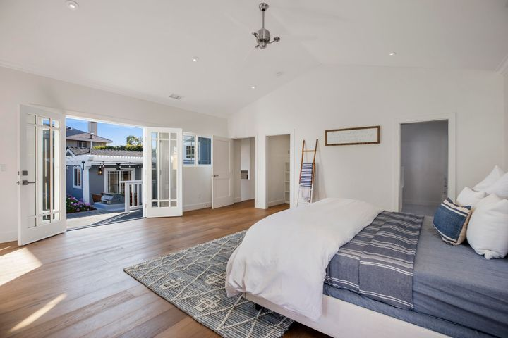 Master Bedroom w/ Frenchdoors
