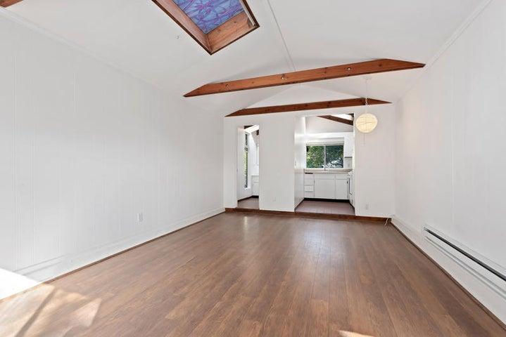 Guest House Living Area_750 El Bosque