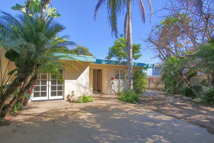 208 Salida Del Sol, SANTA BARBARA, CA 93109