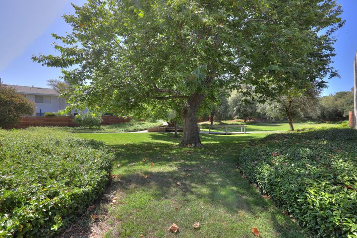 5065 Rhoads Ave, C, SANTA BARBARA, CA 93111