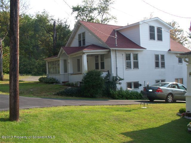 19 Adams Ave, Carbondale, PA 18407