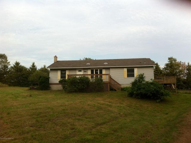 118 SMITH HILL RD, Honesdale, PA 18431