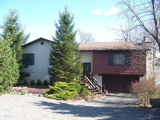 2517 Waterfront Dr., Tobyhanna, PA 18466