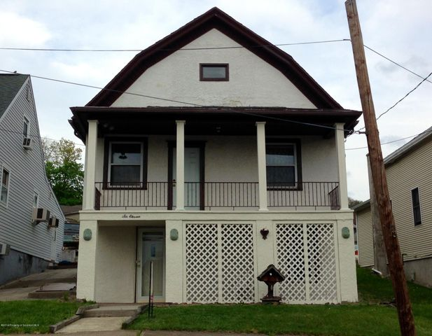 611 Chestnut Street