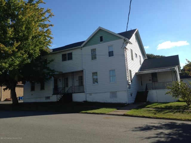 812-814 Maple St, Mayfield, PA 18433