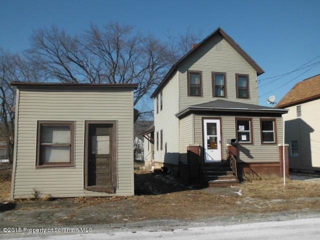 1215 Frieda St, Dickson City, PA 18519