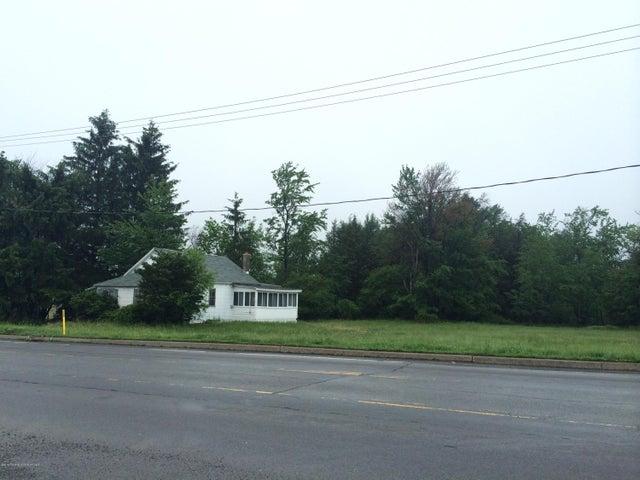 481 Hamlin Highway, Hamlin, PA 18427