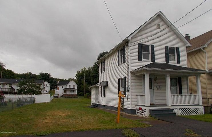 146 Brick St, Throop, PA 18512
