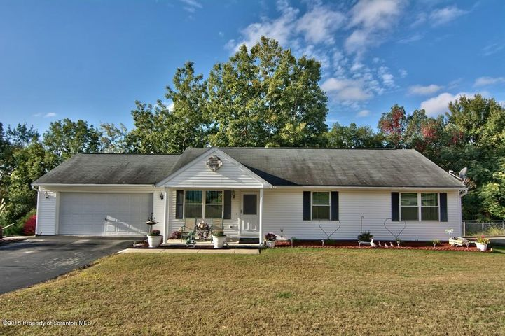 118 Winchester Way, Scranton, PA 18504