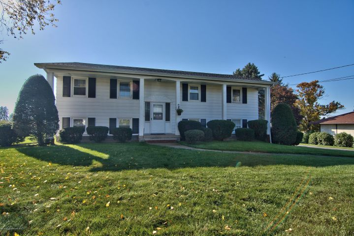 19 WESTMINSTER, Dallas, PA 18612