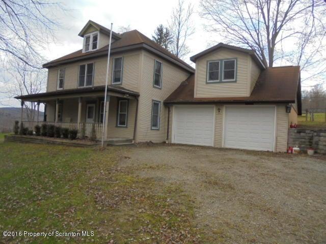 209 Carpenter Rd, Factoryville, PA 18419