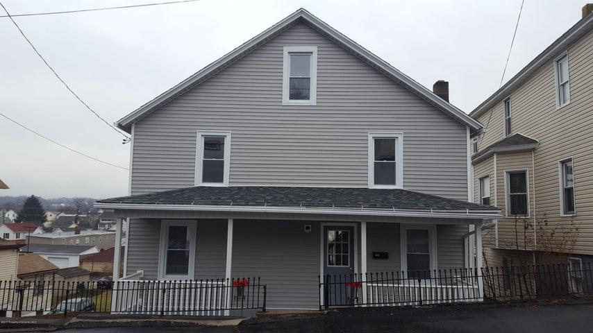 1044 Carmalt St, Dickson City, PA 18519
