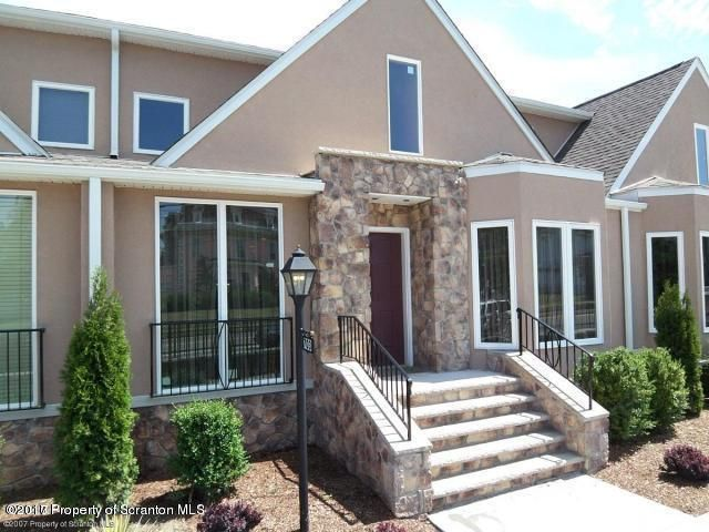 705 Green Ridge Ave, Scranton, PA 18509