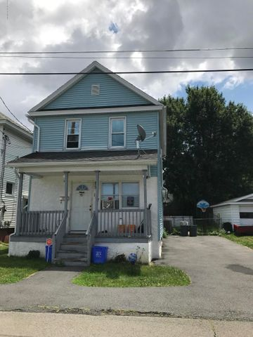 107 Sanderson Ave, Olyphant, PA 18448