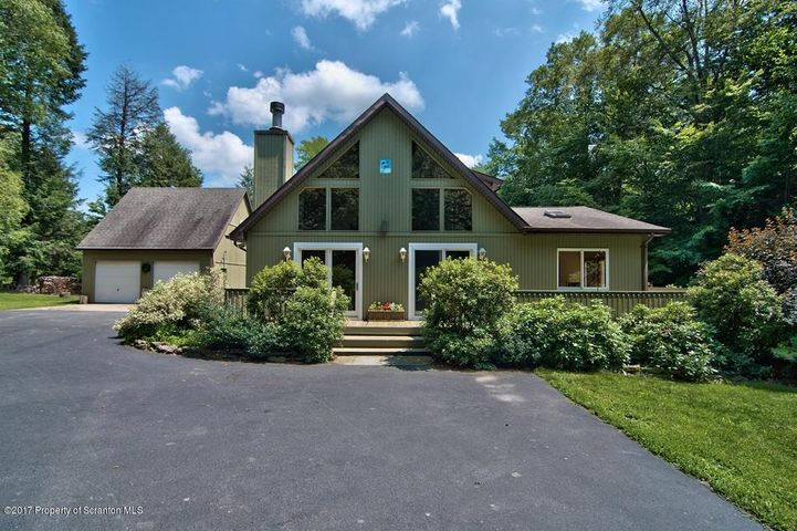 306 Stone Bridge Road, Union Dale, PA 18470