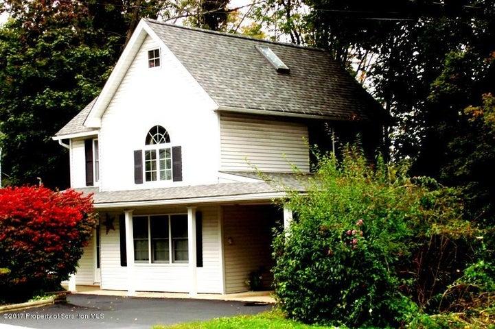 606 W Grove St, Clarks Summit, PA 18411