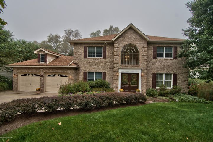 219 Marcaby Ln, South Abington Twp, PA 18411