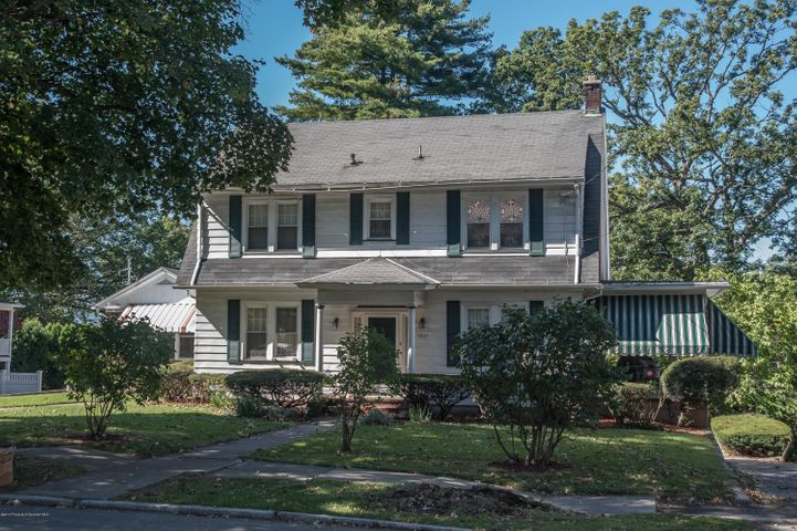 1521 Monroe Ave, Dunmore, PA 18509