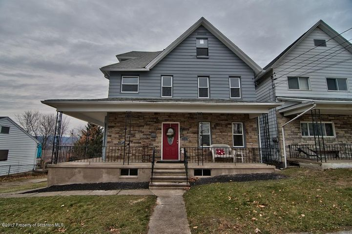 1321 Jefferson Ave, Dunmore, PA 18512