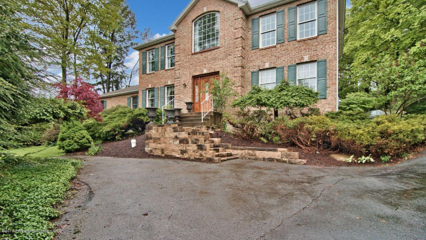 256 Swartz Valley RD Rd, Spring Brook Twp, PA 18444