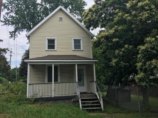1518 Wood St, Scranton, PA 18508