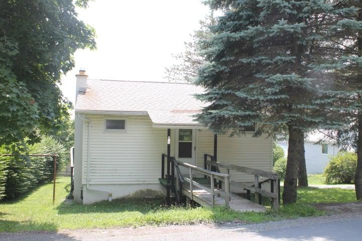 172 Lake View Ave, Greenfield Twp, PA 18407