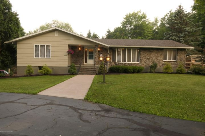 223 Fuller Rd, Dalton, PA 18414