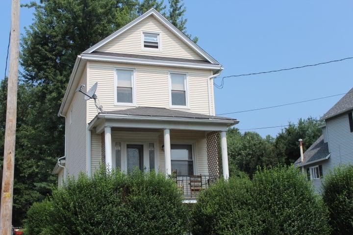 641 Laurel St, Dickson City, PA 18519