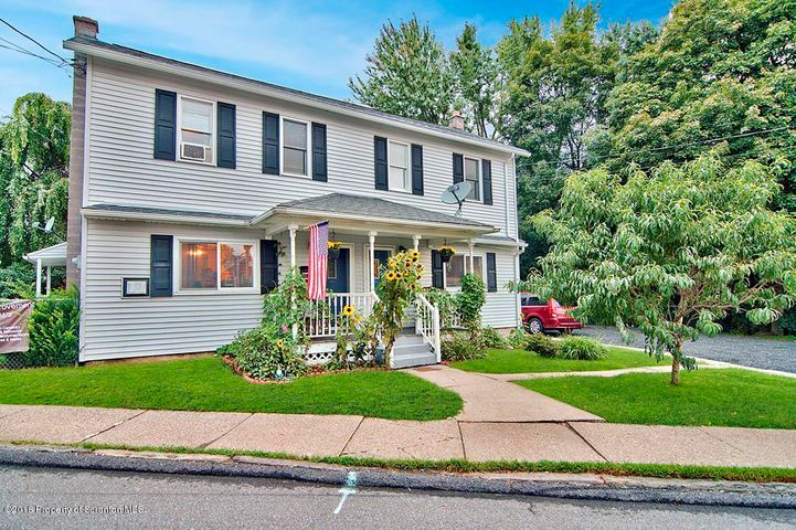 512 Delaware Ave, Olyphant, PA 18447
