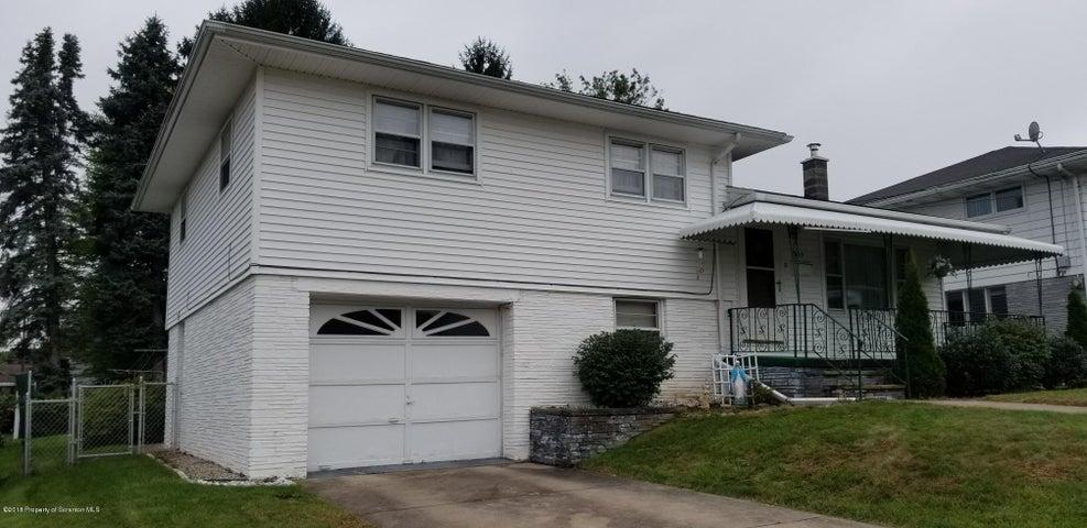 903 Woodmere Ave, Dickson City, PA 18519