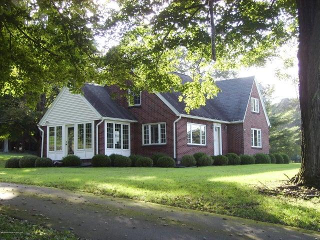 500 Clinton St, Waverly Twp, PA 18414