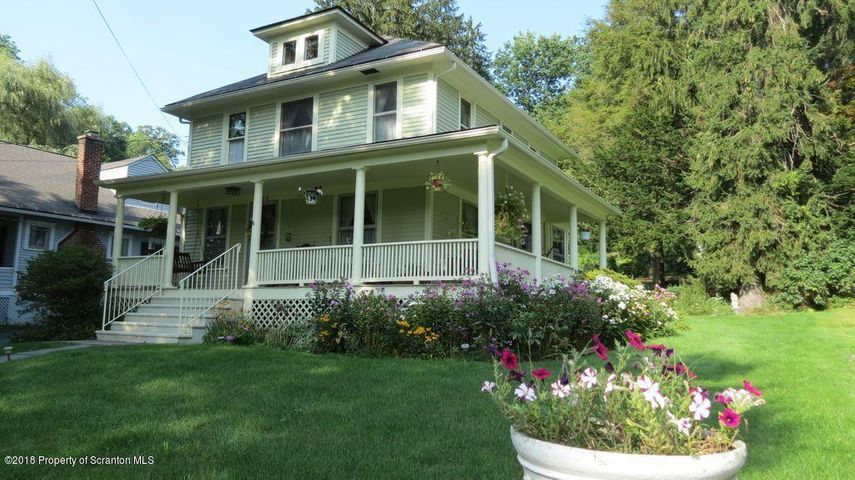 406 N Turnpike Rd, Dalton, PA 18414