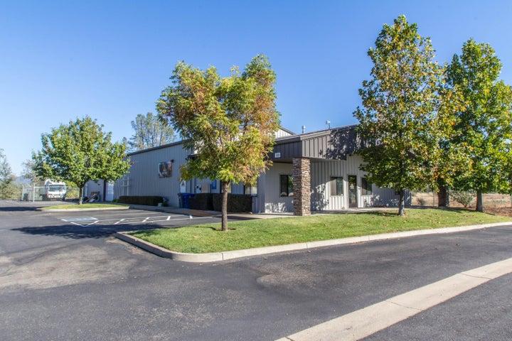 1681 ZACHI WAY, REDDING, CA 96003