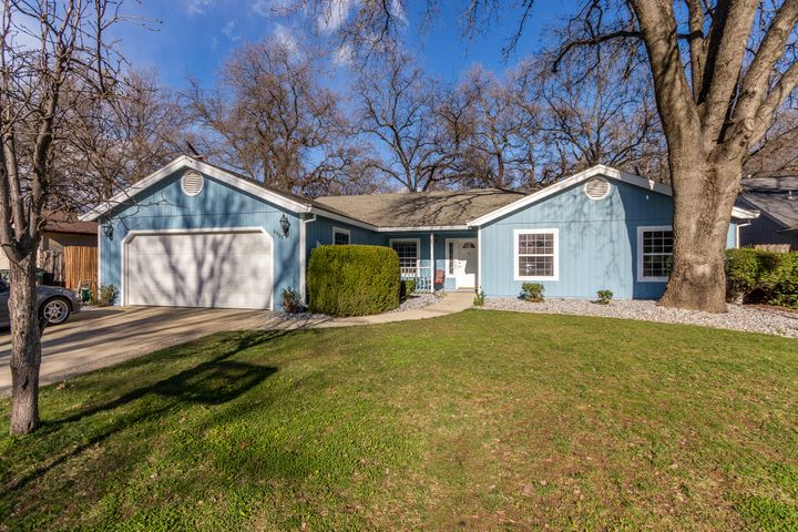 6353 Mullen Pkwy, Redding, CA 96001