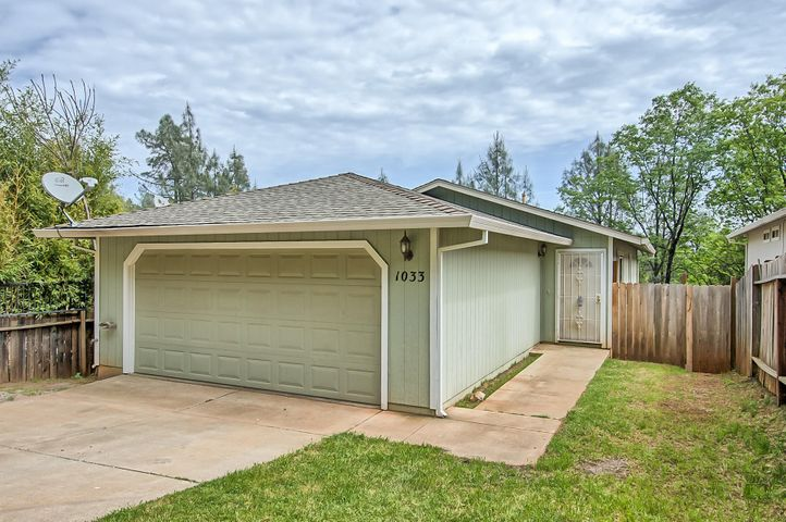 1033 North Blvd, Shasta Lake, CA 96019