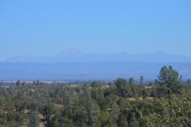 13570 Jeep Trail, Bella Vista, CA 96008
