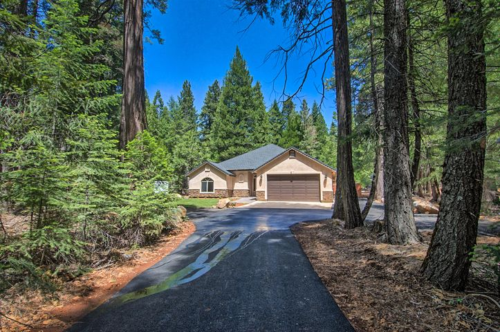 34930 Emigrant Trl, Shingletown, CA 96088