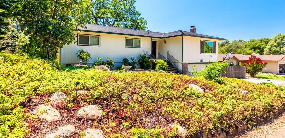 687 Estate St, Redding, CA 96002