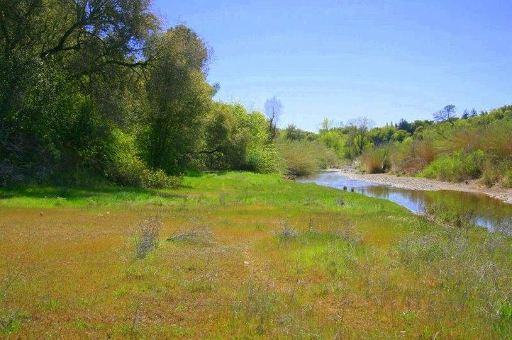 Oak Bottom Rd, Anderson, CA 96007