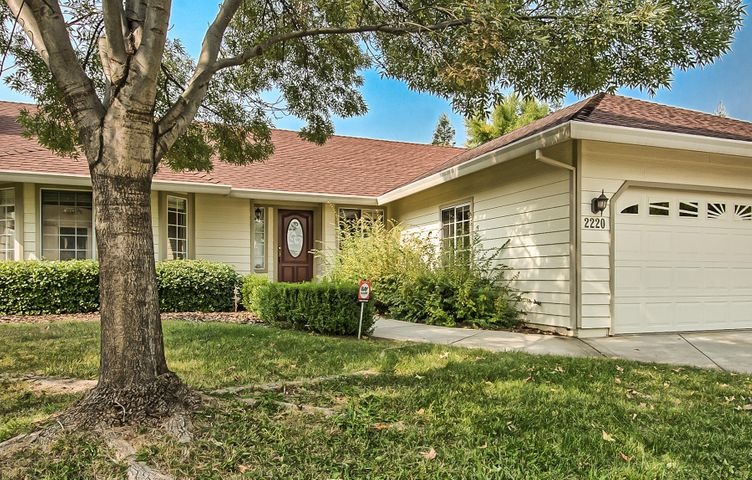 2220 Siena Avenue, Redding, CA 96001