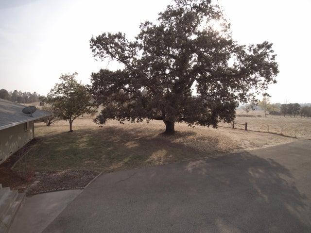 22047 Los Robles Way, Palo Cedro, CA 96073
