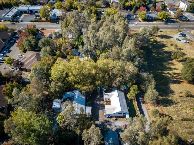 2805 Churn Creek Rd, Redding, CA 96002